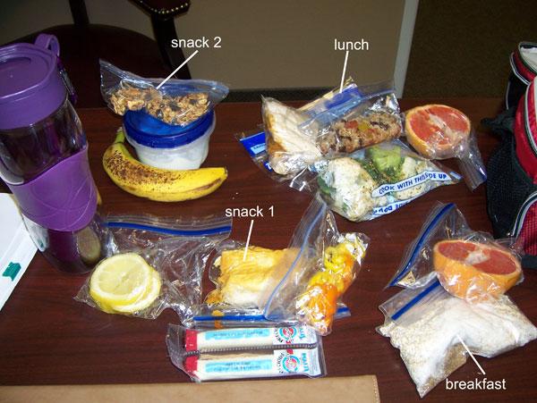 Chelle's clean eating cooler for Thursday, Mar 17, 2011